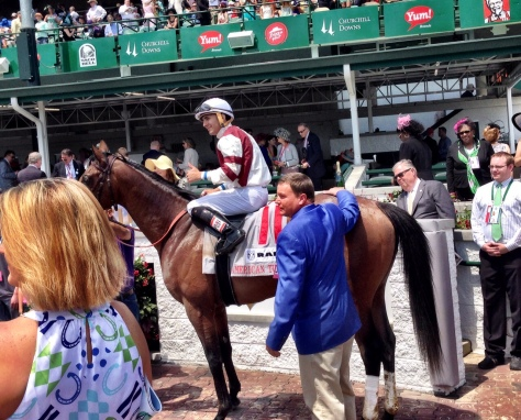 Trainer Buff Bradley, jockey Rafael Hernandez and Divisidero in the Churchill Downs Winners Circle (John Cox photo)